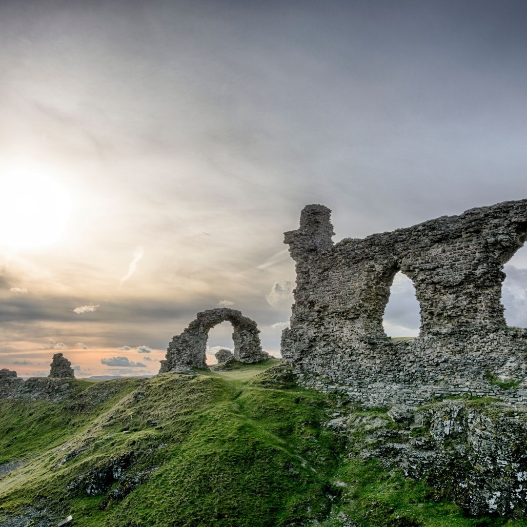 Ostanki gradu v Walesu